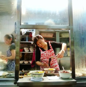 Hong Kong Travel, Street Food, Culinary Tourism, Cart Noodles